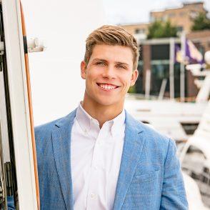 Senior photo on boat on Lake Unior, Seattle